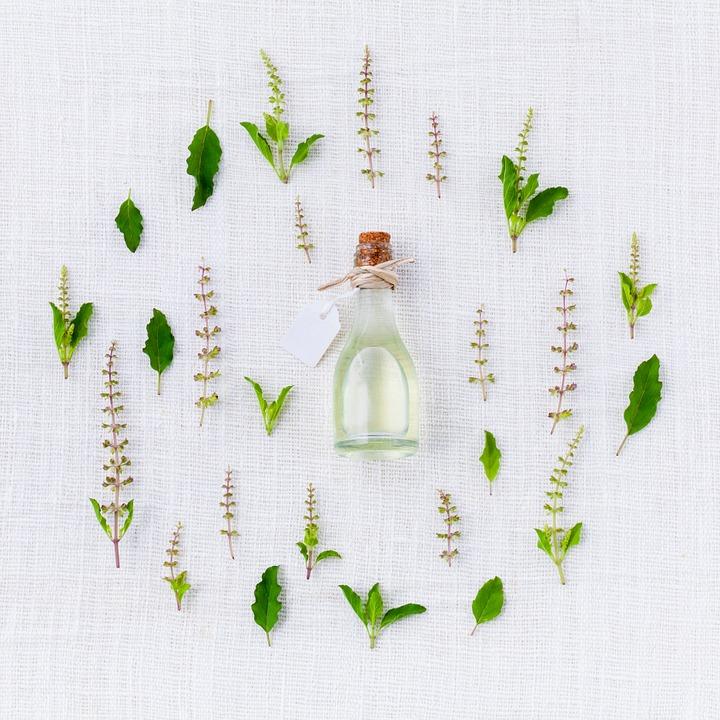L'aromathérapie : les effluves bienfaisants des huiles essentielles